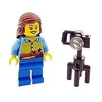 LEGO City Holiday Maker Photographer Camera Female / Woman Minifigure & Camera City
