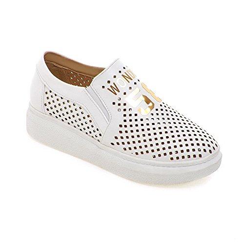 VogueZone009 Damen Gemischte Farbe Pu Leder Niedriger Absatz Rund Zehe Pumps Schuhe Weiß