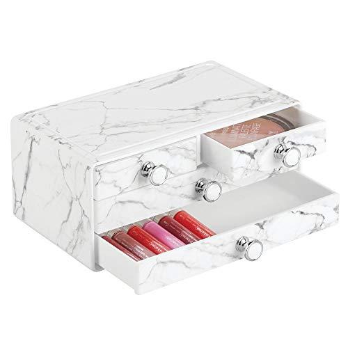 mDesign stapelbare Schminkaufbewahrung für Wasch- oder Schminktische - Aufbewahrungsbox mit 4 Schubladen aus Kunststoff für Make-up - Kosmetik Organizer mit Knauf und Marmormuster - weiß und grau