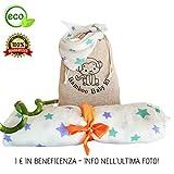 Bamboo Baby Kit: Copertina XL In Mussola + Bavaglino 100% Cotone Bamboo. Busta Porta Pannolini Omaggio. Set Regalo Originale Neonato Mamma Lista Nascita Swaddle Lenzuolino Bambino Ecosostenibile