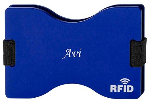 personalised-rfid-blocking-card-holder-with-engraved-name-avi-first-name-surname-nickname