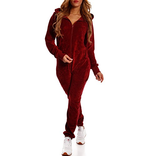 Crazy Age Damen Jumpsuit aus Samt (Nicki, Velvet) Wohlfühlen mit Style. Elegant, Kuschelig, Weich. Overall, Ganzkörperanzug, Jogging - Freizeit Anzug, Onesie (Weinrot, M) (Erwachsene Fleece-schlafanzug)