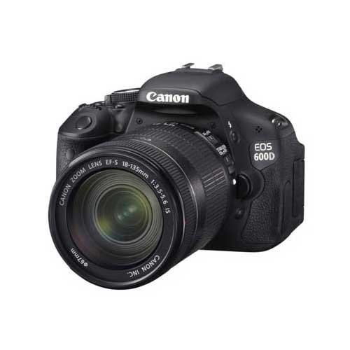 Canon EOS 600D 18.0MP Digital SLR with EF-S 18-135 IS Kit Lens (Black) with SD Card and Camera Bag