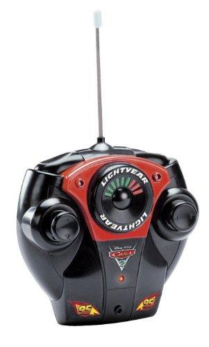 Disney Cars 2 Échelle 1 : 24 radio Controlled Lightning McQueen Voiture