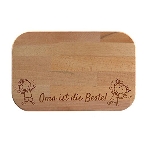 wooden-chopping-board-with-fun-design-oma-ist-die-beste-grandma-is-the-best-or-opa-ist-der-beste-gra