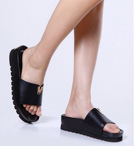 Scarpe con la suola spessa piattaforma estive/Una parola pantofola/Indossando pantofole donna Nero