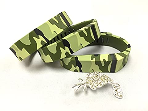 3pcs Small S Green Camouflage Camo Army Military Color Replacement Bands With Clasps for Fitbit FLEX Only /No tracker/ Wireless Activity Bracelet Sport Wristband Fit Bit Flex Bracelet Sport Arm Band Armband + Nice Crystals Feather Brooch