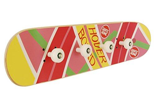 Skateboard Garderobenleisten mit Rädern Skate-Board. Hover board
