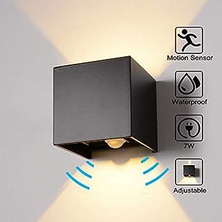 Wandleuchte Bewegungsmelder Außen/Innen LED Wandbeleuchtung, 7W Warmes Licht Wasserdicht Verstellbare Walllampe, Wandleuchte Sensor für Garten/Flur/Weg Veranda hell-Warm (Schwarz)