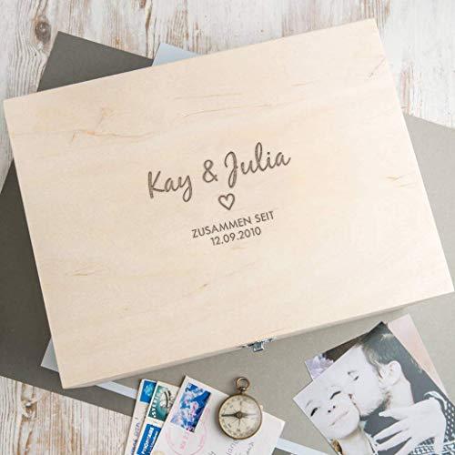Fotokiste aus Holz in 3 Größen - personalisiert mit Namen - Valentinstag Geschenk für sie - Geschenke Jahrestag für ihn - Weihnachtsgeschenk Familie