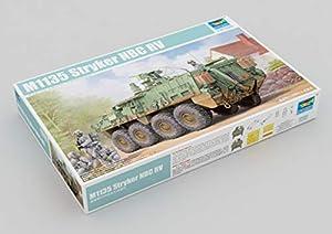 Trumpeter 01560 - Maqueta de Carro blindado M1135 Stryker NBC RV
