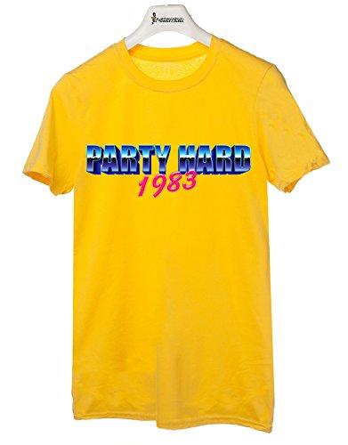 Tshirt Party Hard! - Festa - Tutte le taglie by tshirteria Giallo