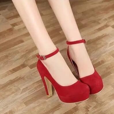 Frühling und Herbst Fashion Boots Thick Heels Schuhe Pumps geschlossen Toe Pumps mit Knöchelriemen Rot