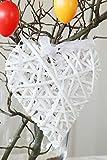 com-four® 2 weiße Holz-Herzen aus Rattan zum Dekorieren von z.B von Fenstern, Türen oder Wänden (02 Stück - Deko-Herzen) - 2