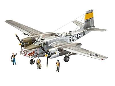 Revell 03921 Modellbausatz, Flugzeug 1:48 - A-26B Invader, Level 4, Orginalgetreue Nachbildung mit Vielen Details von Revell