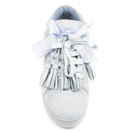 Ideal Shoes - Basket effet daim avec nœud et franges Teona Bleu