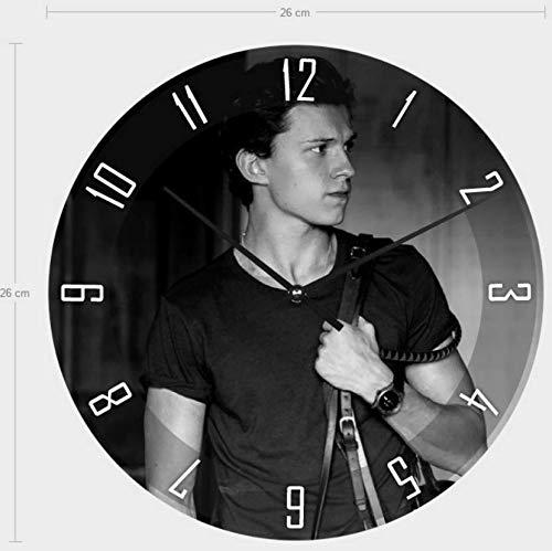 Tom Holland Uhr, Wanduhr