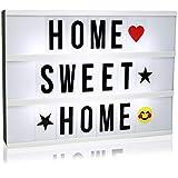 com-four® LED Lichtkasten mit Deko-Buchstaben und Emojis, batteriebetriebene Licht-Box zum Aufstellen und Aufhängen, 30 x 22 x 4,5 cm (01 Stück - Leuchtkasten)