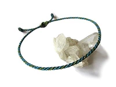 Bracelet corde/fil Bleu Pétrole et Vert Kaki. Simple/Unisexe/Porte chance/Brésilien. Cordon fait et tressé main avec du fil ciré et ajustable. Réf.#Bi2