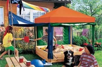 Sandkasten Benjamin Spielhaus mit buntem Dach, Windschutz und So