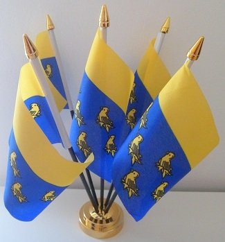 West Sussex County Flagge Table 5 Desktop-Display, Gold