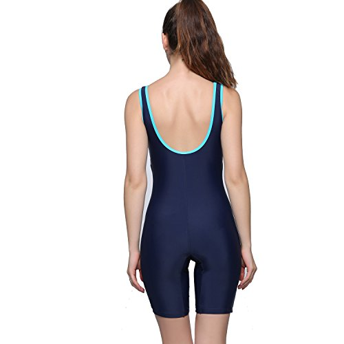 Swimsuits Women's Swimsuits Make a stylish splash with our range of women's swimsuits, including confidence-boosting underwire swimsuits for bigger busts, plus on-trend sports swimming costumes and flattering bandeau styles.