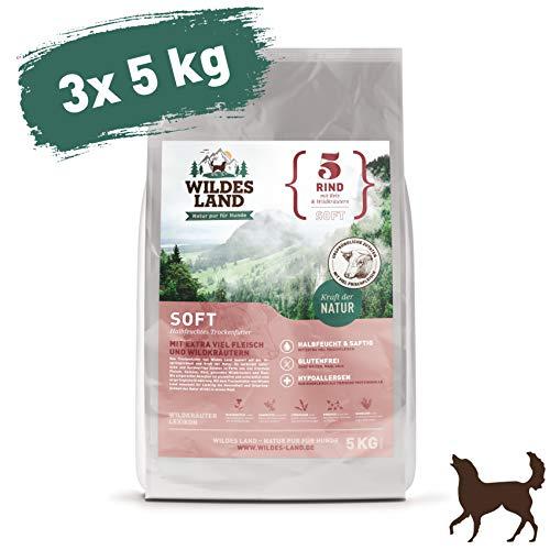 Wildes Land | Halbfeuchtes Trockenfutter für Hunde | Nr. 5 Rind | 15 kg | mit Reis und Wildkräutern | Glutenfrei | Extra viel Fleisch | Soft Alle Hunderassen | Beste Akzeptanz und Verträglichkeit