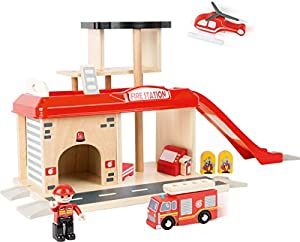 small foot company- Small Foot World Estación de Bomberos de Madera Natural certificada 100% FSC Incluye Accesorios Juguetes,, 52 x 22 x 28 cm (by Legler 10900)