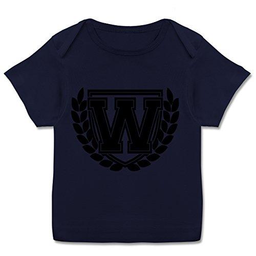 Anfangsbuchstaben Baby - W Collegestyle - 80-86 (18 Monate) - Navy Blau - E110B - Kurzarm Baby-Shirt für Jungen und Mädchen in verschiedenen Farben