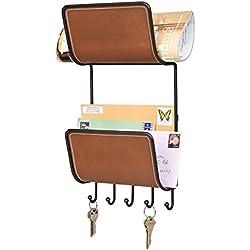 mDesign Portachiavi da Muro con Doppio Ripiano Contenitore - Appendichiavi e portaoggetti da parete in acciaio con scaffali in similpelle - Per chiavi, lettere, giornali, documenti