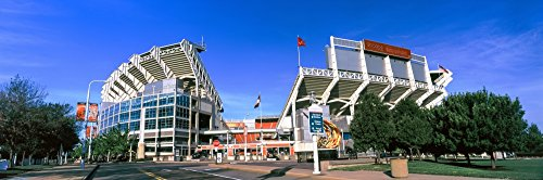 panoramic-images-football-stadium-in-a-city-firstenergy-stadium-cleveland-ohio-usa-artistica-di-stam