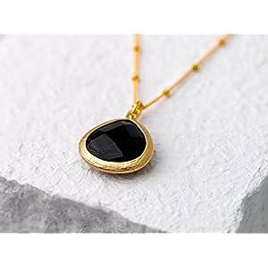 Schlicht in schwarz-gold, lange, elegante, vergoldete Satellitenkette mit Onyx-Anhänger, das perfekte Geschenk für Sie