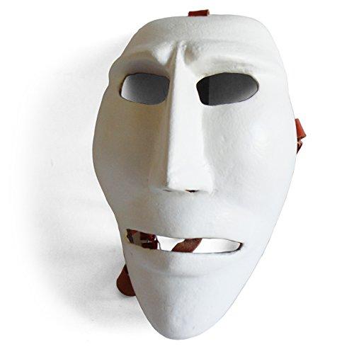 Satodà - issohadores: maschera del carnevale di mamoiada (sardegna). artigianale, legno e cuoio.