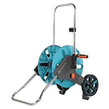 GARDENA AquaRoll M: Hose trolley with up to 60 m capacity, especially stable, with a clip for spray nozzle-storage, anti-drip device, freely selectable crank side (18511-20)