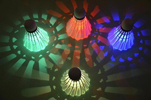 Binnan 4 Stücke LED Badminton,Badminton Federbälle Beleuchtung für Outdoor en Indoor Sportsaktivitäten
