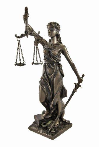 Dama de la justicia y estor justicia son los nombres asociados con la imagen femenina de Themis, la diosa de la mitología griega epitomizing la virtud de la justicia divina. Sostiene una espada en una mano para representar a báscula de, en la otros m...