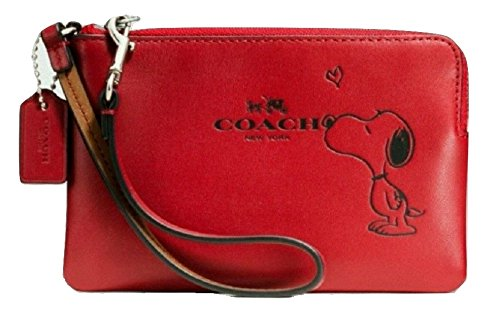 coach-leather-corner-zip-wristlet-snoopy-classic-red