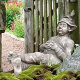 Mystische Steinfigur mit Gartenwichtel & Kobold