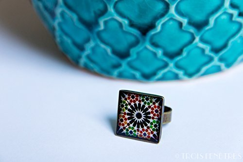 Ring with mosaics of the Alhambra - Black Flower - Jewelry in ecological resin - Gift idea - Christmas gift