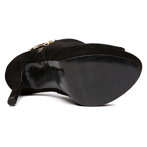 Stivaletto in camoscio con zip laterale Nero