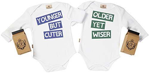 SR - estuche de presentación - Older Wiser & Younger Cuter body gemelos bebé - ropa para gemelos bebé - regalo para gemelos bebé, Blanco, 6-12 meses