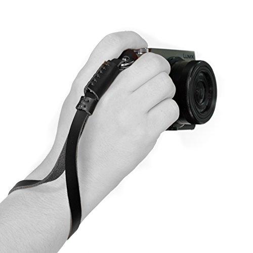 MegaGear Leder Digitale Spiegelreflexkamera, Camcorder Handschlaufe für Sony A6000, A6300, A5100, FujiFilm X30, X100T, X100F, Fujifilm X-Pro2 (Schwarz)