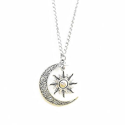 Collier long argenté avec pendentif style vintage lune et soleil en filigrane