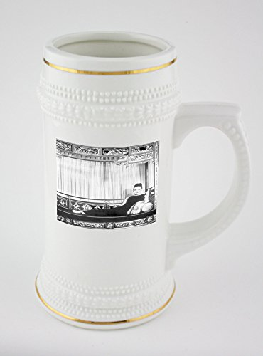 beer-mug-with-martha-graham-posing