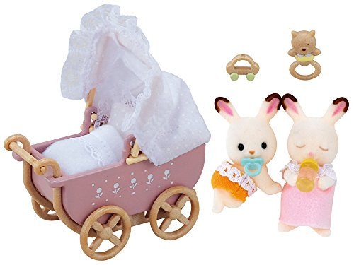 Sylvanian Families 5018 Schokoladenhasen Baby Zwillinge mit Kinderwagen, Figur