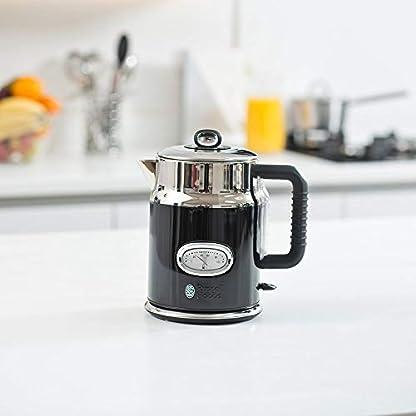 Russell-Hobbs-Wasserkocher-Retro-schwarz-17l-2400W-Schnellkochfunktion-Wassertemperaturanzeige-im-Retrodesign-Fllmengenmarkierung-optimierte-Ausgusstlle-Vintage-Teekocher-21671-70