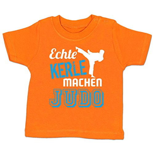 Sport Baby - Echte Kerle Machen Judo - 18-24 Monate - Orange - BZ02 - Babyshirt Kurzarm