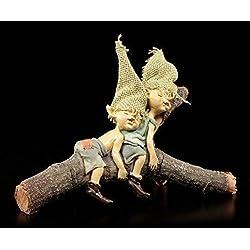 Pixie Kobold Figuren schlafend auf Ast | Gnome Zwerge