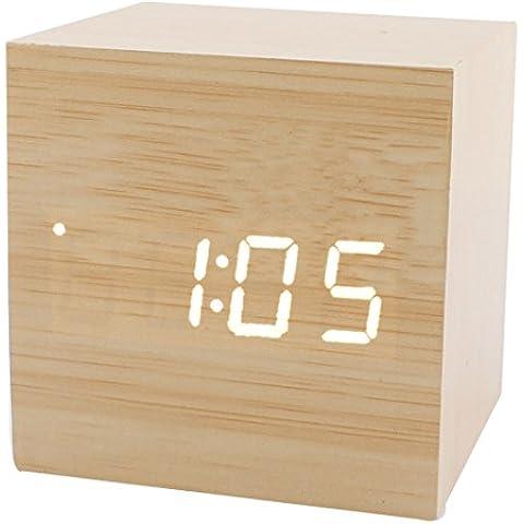 sourcingmap Mini Cubo Forma Hogar Escritorio Madera Reloj Despertador Digital sensible al sonido Creative Relojes tiempo w y Temperatura Pantalla - Madera Color madera LED Blanco, 6 x 6 x 6cm/2.4
