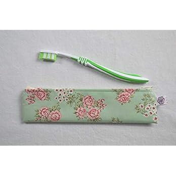 Zahnbürsten-Tasche Blumen auf Grün